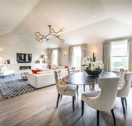 Penthouse for sale in Hyde Park Gardens view1