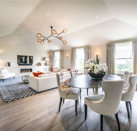 Properties For Sale in Hyde Park Gardens Hyde Park